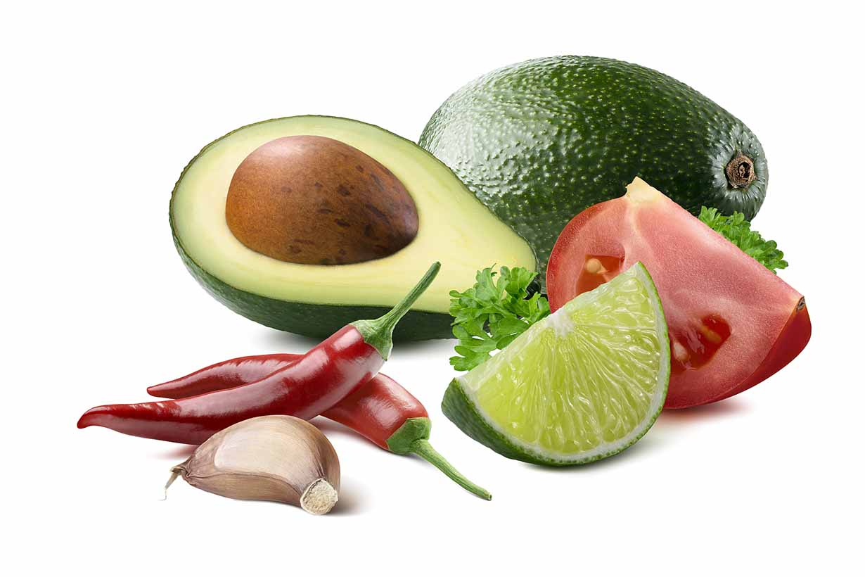 Picture showing the ingredients of guacamole.