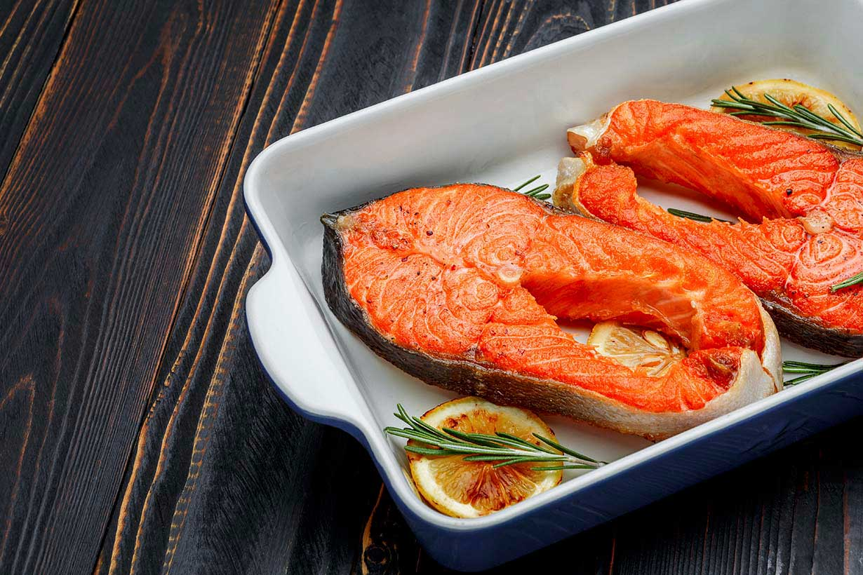 8 health benefits of eating wild alaskan sockeye salmon for Salmon fish nutrition