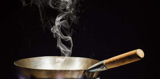 Picture showing soybean oil cooking for an article on the harmful effects. of the oil