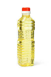 Picture of a bottle of soybean oil - an oil with many harmful effects