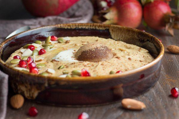 Picture of a homemade keto pumpkin pie porridge.