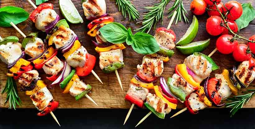 Kebabs Made From Pieces of Turkey and Vegetables.