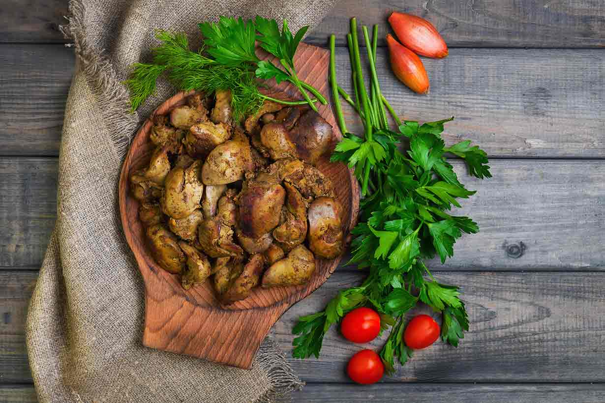 Chicken Liver 101: Nutrition Facts and Health Benefits