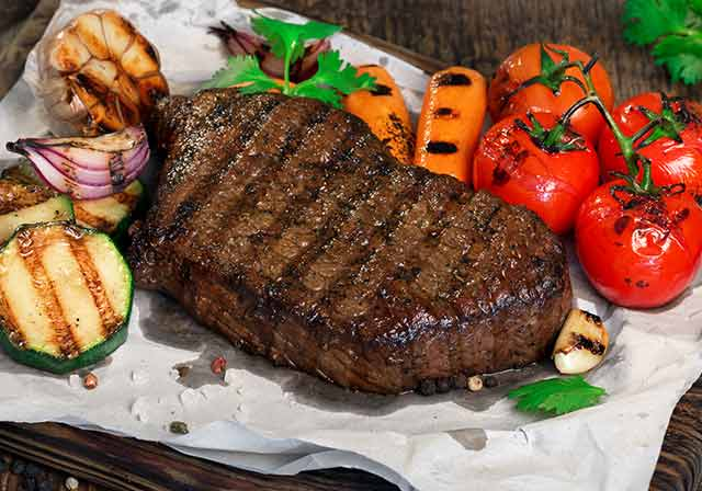 Grilled Beef Steak With Grilled Vegetables.