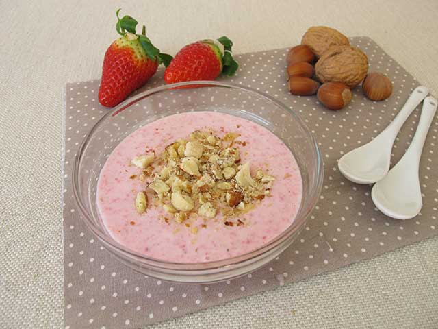 Strawberry Cottage Cheese With Nuts.