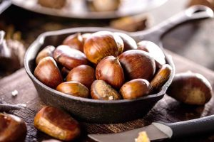 Pine Nuts: Nutrition Facts, Health Benefits and Drawbacks