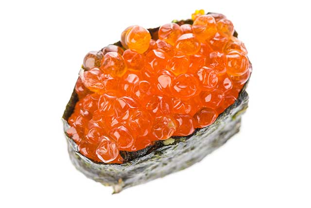 Salmon Roe Wrapped In Nori Sheet - Sushi.